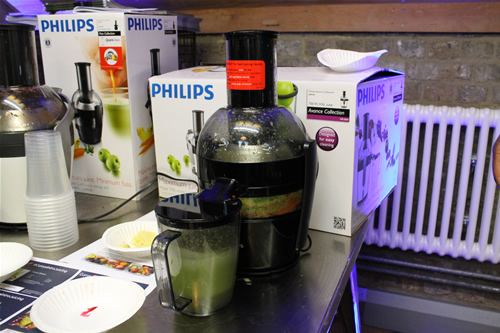 currysintrojuicing-greenlight-digtial-currys-pcworld-smoothie-making-philips-juicer-green-juice