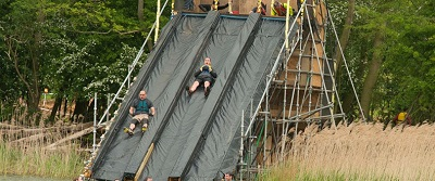 london-river-rat-race-10k-london-excel-centre-obstacles-50m-water-slide