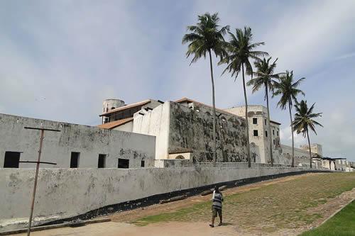 elima-castle-slave-dungeons-ghana-west-africa-slavery