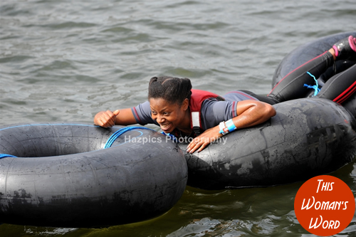 this-womans-word-team-breakin-boundrez-london-river-rat-race-aug-2014-rubber-rings-bei-fit