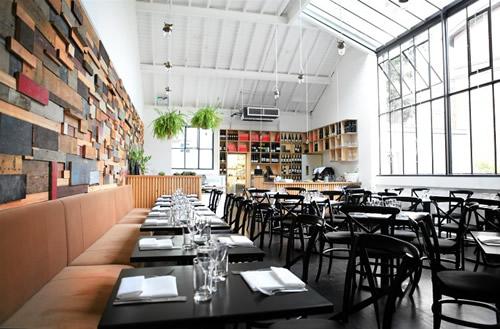 best-vegetarian-restaurant-contender-the-gate-restaurant-hammersmith-branch-dining-area