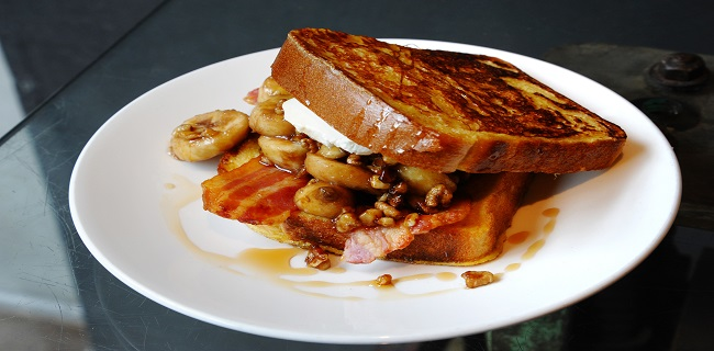 foxcroft-and-ginger-soho-brunch-banana-french-toast-with-walnuts-honey-bacon-and-mascapone