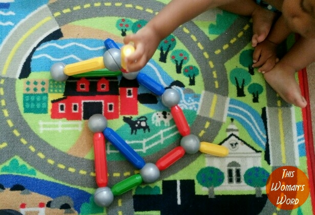 six-benefits-of-staying-with-your-child-at-a-preschool-play-school-stem-activities-recreated-at-home